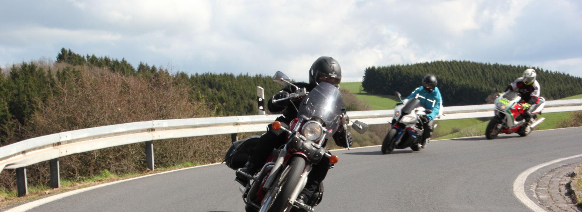 Motorrijbewijspoint Nieuw-Lekkerland spoedopleiding motorrijbewijs